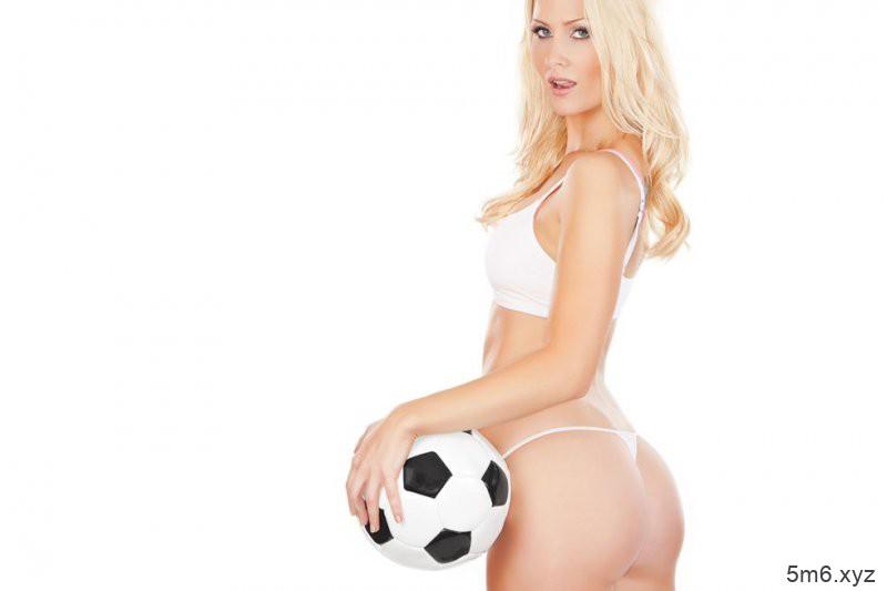 你想当世足寡妇吗 5个挑逗花招让男人无法看世界杯