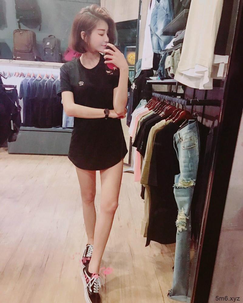 火辣正妹Min敏敏 性感身材美到不科学