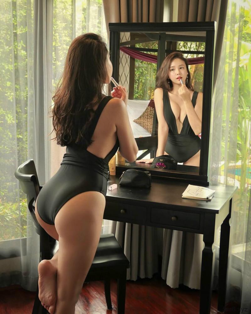 韩国无名正妹 美女性感翘臀秒杀网友