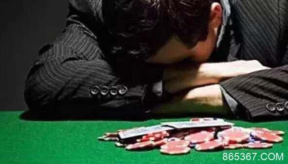 Dwan亲自讲述《成为传奇》片中的牌理过程!又可以免费上一节德州扑克课了
