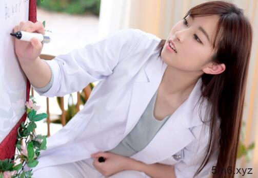 医学院大学生新人伊藤かえで(伊藤枫)下海初体验