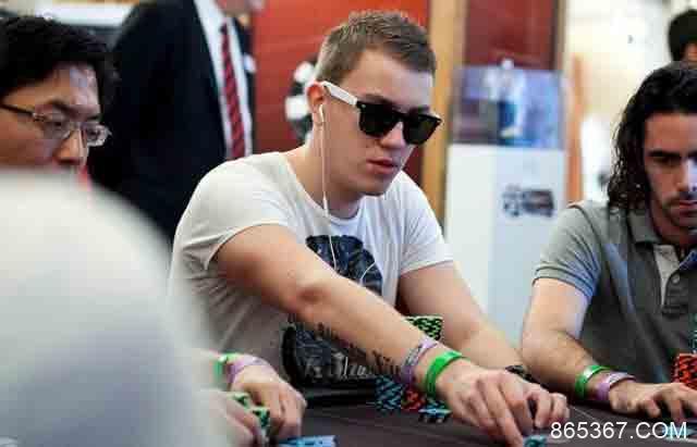Roman 'Romeopro' Romanovsky登顶口袋5世界排行榜