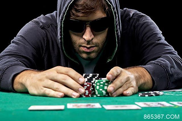 德州扑克玩法:半诈唬及其实战牌例