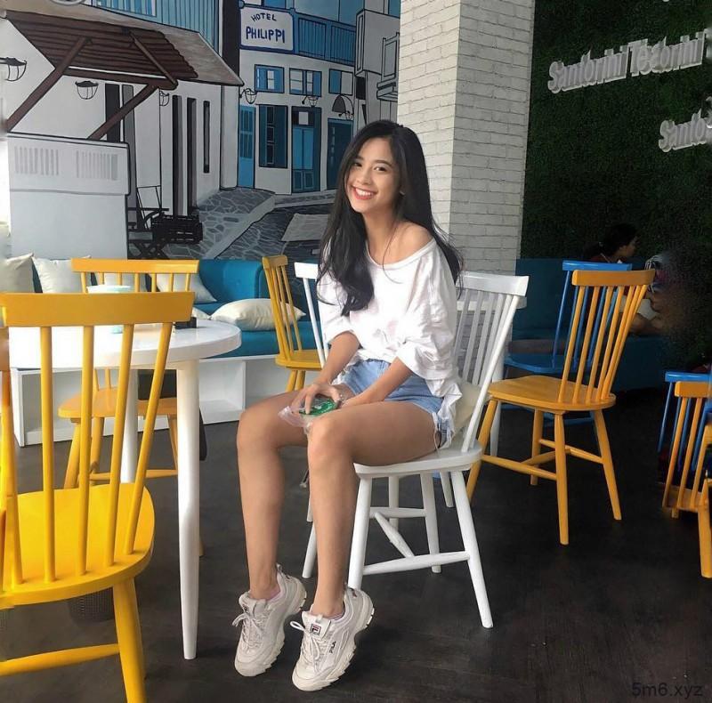 越南美女Cocaine 翘臀小美女超级火辣