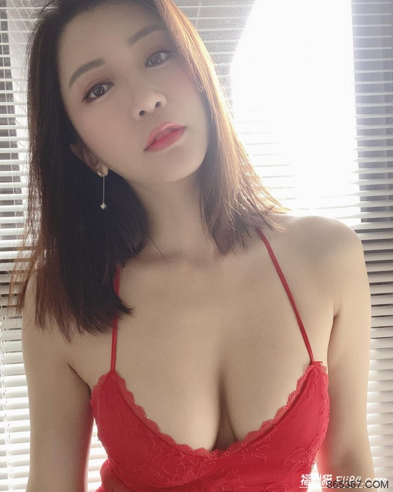 今日妹子图20200316:圆身美体乐雨欣Mia脂肪全往胸上长!