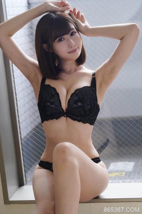 "RBD-972:温柔人妻""藤森里穂""人生首次的肛交初体验。"