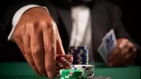 德州扑克能做到这几点,就能让你的盈利直线飙升!