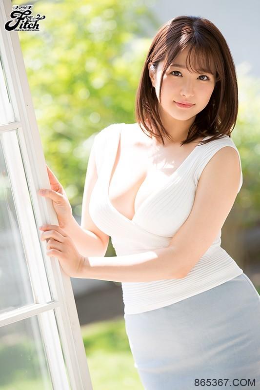 "JUL-181 :人妻主播""流田美奈实""参加同学会和恩师开房幽会⋯"