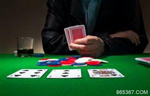 Ed Miller谈扑克:观察公共牌结构