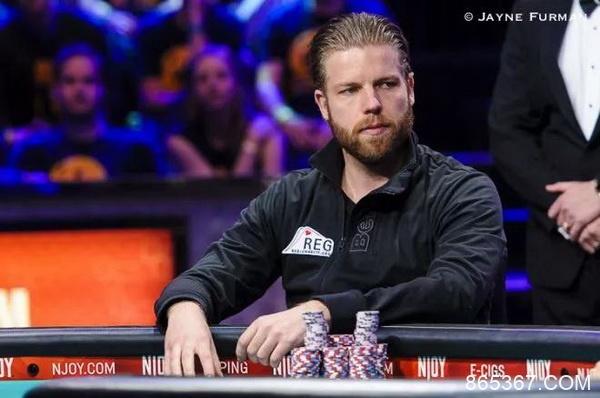 位列荷兰扑克奖金榜前三名的锦标赛选手