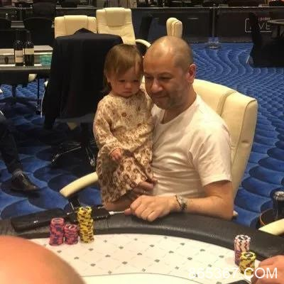 Rob Yong就英国扑克锦标赛的潜在回归征求玩家的意见