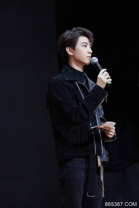 王俊凯《我们的乐队》被花式夸赞 暖心总裁再上线
