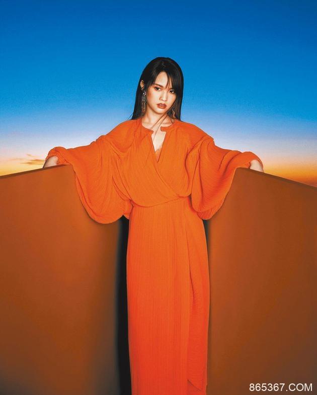 杨丞琳暌违10年将重登《红白》:期待全场大合唱